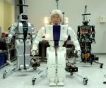 Humanoid Robot Hubo ile İlk İnsansı Adım   Robotlarla Bir Gün