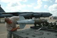 CHAMP-Elektronik Hedeflere Karşı Yüksek Güçlü Gelişmiş Füze Projesi