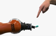 Acıya Tepki Veren Robotlar Geliştirildi