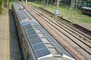 Hindistan'dan Güneş Enerjili Yolcu Trenleri!