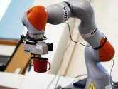 Robotlar Nesneleri Görüp Algılamayı Öğreniyor