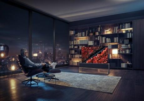 Dünyanın İlk Rulo Haline Getirilebilir OLED Televizyonu Geliştirildi!