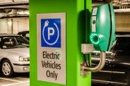 Elektrikli Araçlar Trafik İşaretlerini Değiştirecek