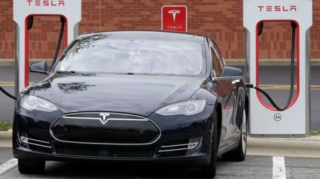 Elektrikli Otomobillere Geçişte Bizi Ne Bekliyor?