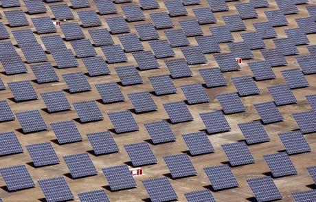 Fotovoltaik Konusunda Tüm İhtiyaçları Karşılayan Otomasyon Sistemi |  ILC 151 ETH
