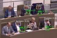 Yapay Zeka Politikacıların Telefonda Geçirdiği Süreyi İzliyor