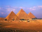 Piramitleri yeniden insa etmek mümkün mü