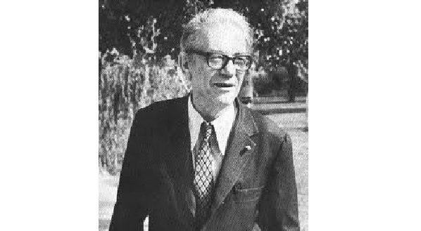 Cahit Arf : (1910 - 1997) Dünyaca ün kazanmış Türk matematikçi.