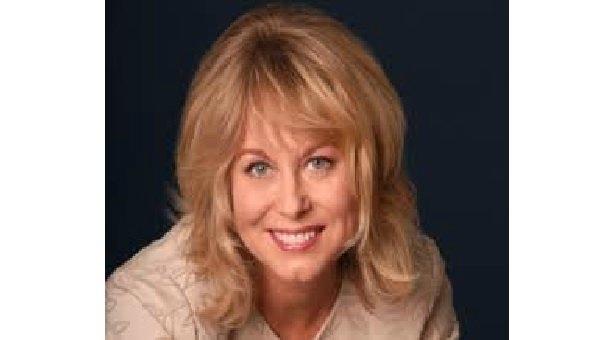 Diane Bryant : Veri Merkezi ve Bağlı Sistemler Grubunda Genel Müdür, Intel. Aynı zaman da Intel' in de eski CEO' su dur.