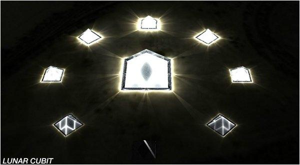 Tasarımın merkezinde dışı tamamen güneş panelleriyle kaplı, 50 m'lik bir piramit yer alıyor. Ana piramidin etrafı,  22 m yüksekliğinde 8 eş piramit ile çevrili.