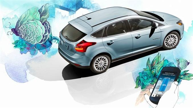 Ford Focus Electric : 23 kwh bataryaya sahip Ford Focus Electric'in maksimum hızı 135 km. Araç yaklaşık 4 saat şarj olmadan gidebiliyor.