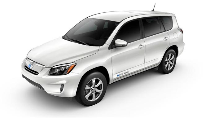 Toyota RAV4 EV : Maksimum hızı 135 km olan RAV4 EV, 0-100 e 7 saniyede ulaşıyor.