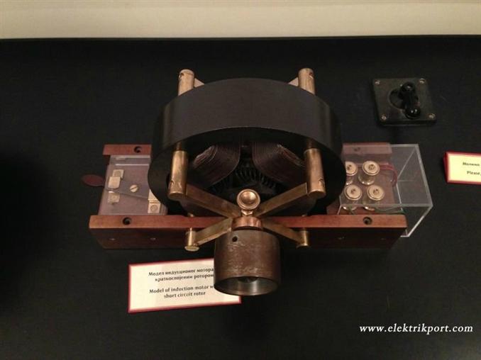 Asenkron motorun rotor kısmı. Bir zamanlar bu motorla Tesla'nın çalışmış olduğunu düşününce heyecanlanmamak mümkün değil