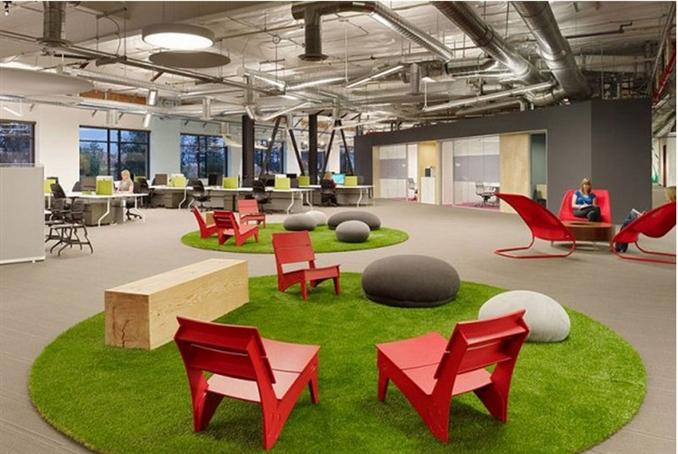 Blitz şirketi, Silikon Vadisi'ndeki sayısız teknoloji şirketinden farklı bir ofis isteyen Skype için başarılı bir iş çıkardı. Bu eğlenceli ofis ortamına beraber göz atalım.