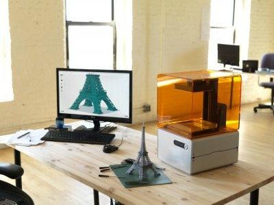 Form 1 3D printer, ilk satın alınabilen yüksek çözünürlüklü 3D yazıcı. Toplam 2,945,885 amerikan dolarına ulaştı.