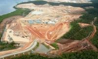 9- Santos GLNG Projesi: (30 milyar $) Bu proje kömür yataklarında bulunan doğalgazı çekip, boru hatlarıyla yaklaşık 420 km uzağa taşıyor.