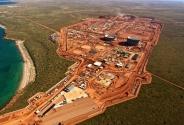 2-Gorgon Projesi: (57 milyar $) Gorgon, Avustralya tarihinin en büyük doğalgaz projesi ve dünyanın en büyük doğal gaz projelerinden biri olarak kabul ediliyor. Projenin lider şirketi Chevron. Projede üretime 2014'te başlanması planlanıyor.
