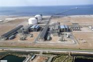 7- Queensland Curtis LNG: (34 milyar $) BG Group'un üstlendiği bu proje, Avustralya'nın en büyük doğal gaz projelerinden bir diğeri. Bu projeden elde edilecek doğalgazın, Çin, Japonya, Singapur ve Şili'ye ihraç edilmesi planlanıyor.