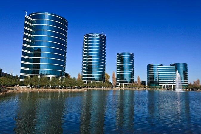 Oracle ( IT-Kurumsal) : $36.980.000. | Dünyada sayılı yazılım üretici firmalardan biri de Oracle'dır. Veritabanı, uygulama geliştirme araçları, uygulama sunucusu ve de iş uygulamaları alanlarında yazılım çözümleri bulunmaktadır.