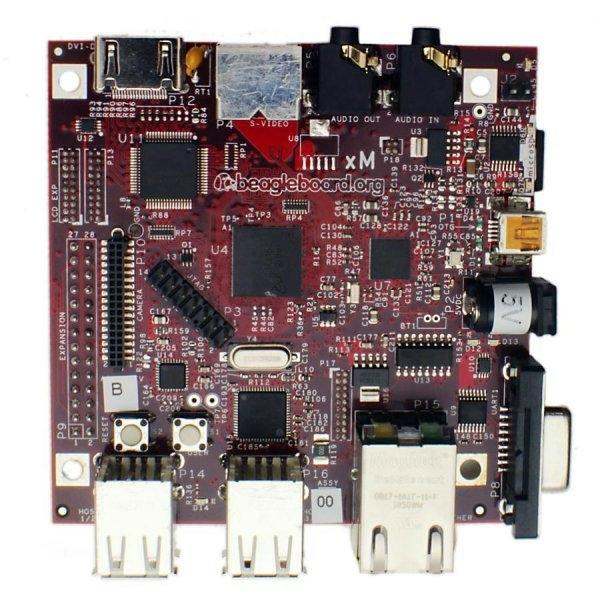 BeagleBoard-XM, Beagle Board'un modifiye edilmiş bir versiyonu daha hızlı bir çekirdek, daha fazla RAM, onboard Ethernet  Jack ve 4 USB portuna sahip. Micro SD karta yüklenen bir işletim sistemi gerektiriyor.