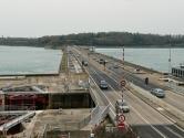 Rance Tidal Power Station—Brittany, France  Rance Nehri'nin denize döküldüğü yerde bulunan dünyanın ilk en büyük gelgit enerjisi istasyonu, şimdi dünyanın en büyük ikinci gelgit enerjisi istasyonudur.
