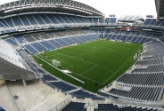 Seattle'da bulkunan futbol stadyumu 2002 yılında hizmete girmiştir. 67,000 kişi kapasitesine sahip ve 430 milyon dolara yapılmıştır. % 16 oranında karton geri dönüşümü yapılarak ekonomiye katkı sağlanmaktadır.