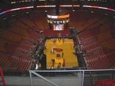 Miami'de ki basketbol sahası 1999 yılında hizmete girmiştir. 19,600 kişi kapasitesi vardır. 297 milyon dolara yapılmıştır. 2009 yılında LEED sertifikasına sahip olmuştur. % 53 oranında enerji tasarrufu sağlamıştır.