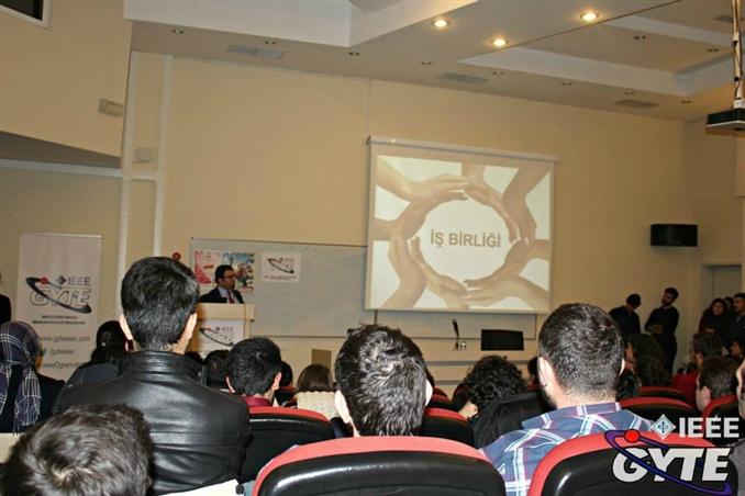 GYTE IEEE Öğrenci Kulübü tarafından Avea'da staj ve iş olanakları konulu AveaMasters etkinliği düzenlendi.