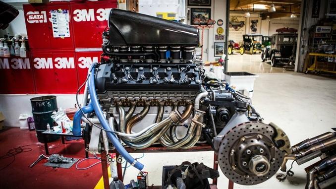 Makine mühendislerinin, elektrik-elektronik mühendisleri ile beraber çalışarak geliştirdiği elektrikli otomobiller şu sıralar moda. Ancak geçtiğimiz 20 yıl içinde üretilen en iyi 10 motorda ise herhangi bir elektrik müdahalesi yok. Bu motorların hangi firmalardan çıktığını ve bazı özelliklerini sizler için bir araya getirdik.