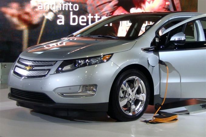 Şu anda dünya genelinde 70.000 satış rakamına sahip olan araç, Amerika'daki elektrikli otomobiller arasında en üst seviyelerde bulunan otomobillerden sadece biri. 2010 yılında Yeşil Otomobil, 2011 yılında Yılın Yeşil Otomobili, 2012 yılında Avrupanın En İyi Otomobili gibi çeşitli ödüllere de sahip.