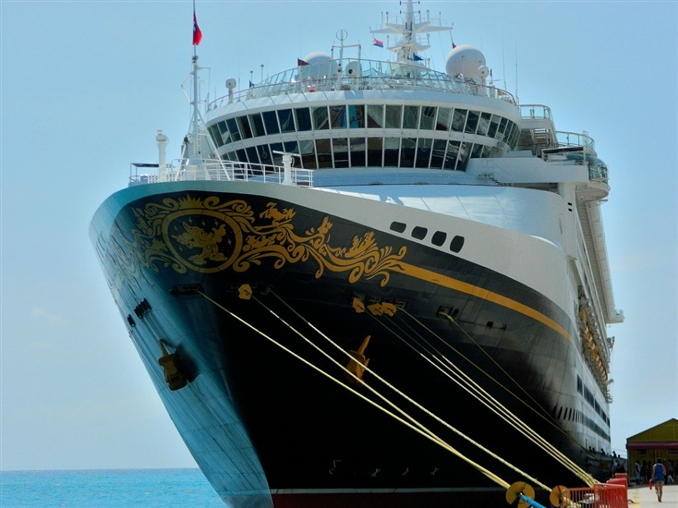 İnşa edilecek, revize edilecek veya onarımı yapılacak gemiler için uluslararası kurallara uygun olarak hazırladıkları projeleriyle mühendislik alanında yer bulan gemi mühendisliği listemizin 6. sırasında.