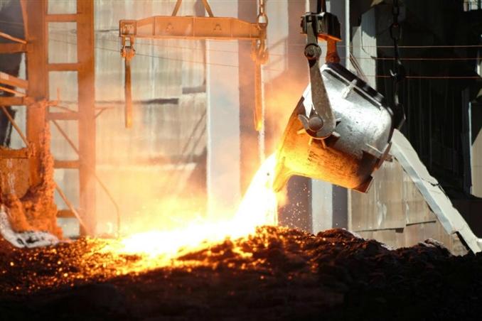Beton endüstrisi (agrega, çimento), kil endüstrisi (tuğla, kiremit, seramik) ve cam endüstrisi gibi geniş endüstriyel çapı bulunan ve çeşitli madenlerin teminatından işlenmesine kadarki süreci yöneten İşleme Mühendisliği çokça duyulmamış bir mühendislik.