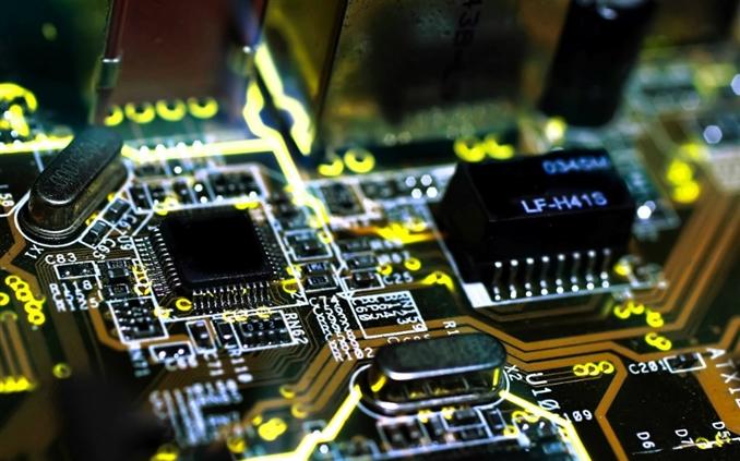 Son model teknolojinin kullanıldığı,bilgisayarlarda performans ve konfor bakımından çığır açan 5 bilgisayar donanımını sizler için derledik.