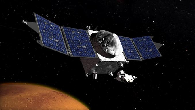 Maven: 1 yıl süren uzay yolculuğunun ardından Mars'a ulaşan Maven uzay aracı, Mars'taki atmosferi inceleyerek gezegenin geçmişini araştıracak. 671 milyon dolarlık bu projeyle, Dünya'ya benzeyen ancak zamanla kuruyan ve soğuyan bu gezegenin geçmişi bilim adamları tarafından incelenecek.