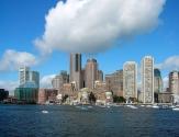 Boston, ABD: MIT ve Harvard gibi tanınmış kurumlarla bilinen Bostan, STEM cenneti olarak görülmektedir. Şehir özellikle biyoteknoloji ve robotik üzerine odaklanmıştır.