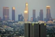 Los Angeles, ABD: LA County Economic Development Corporation tarafından hazırlanan 2014 raporu, LA'nın ABD'de yüksek teknoloji sektörü işlerine sahip olabileceğini öne sürdü. En zengin şehirlerden biri olan LA'da yeni girişimcilik ve girişim sermayedarlarının yoğunlaşıyor.