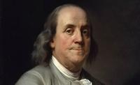Benjamin Franklin: Postmaster of Philadelphia, Fransa Büyükelçisi ve Pennsylvania Başkanı ve Birleşik Devletler'in kurucuları arasında yer aldı. Özellikle elektrik ve şimşek üzerine yaptığı çalışmalarla bilinen Benjamin Franklin, siyasette de oldukça önemli bir kariyere sahipti.