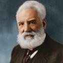 Alexander Graham Bell (1847–1922) Telefonun mucidi olarak Graham Bell tam bir ses ustasıydı. Bell, bugün desibel olarak kullandığımız ses düzeyi ölçeğini geliştirdi.