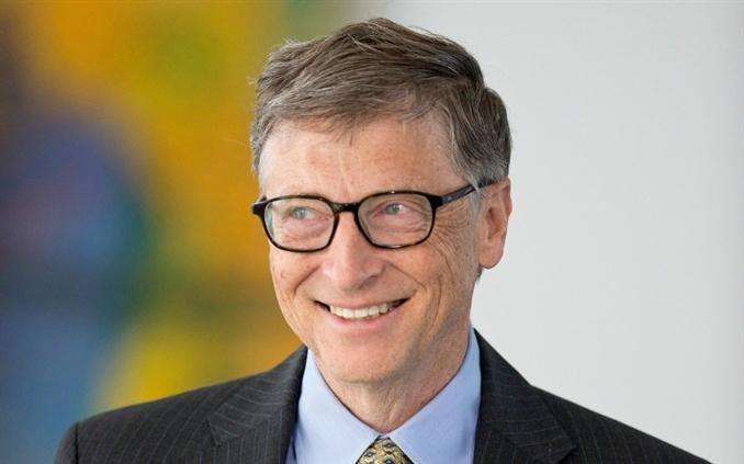 Bill Gates: 2014 yılında Microsoft'tan istifa eden Bill Gates, yaklaşık 90 milyar dolar servete sahip. Lisans eğitimini ise tamamlamayıp, yarıda bıraktı.