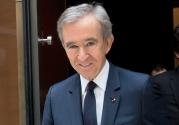 Bernard Arnault: Louis Vuitton ve Moet Hennessey'in sahip olduğu çok uluslu lüks mallar topluluğundaki LVMH'nin CEO'su olan Arnault, yaklaşık 72 milyar dolar servete sahip. Arnault de mühendislik fakültesi mezunu.