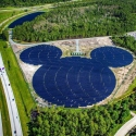 8.Walt Disney World Projesi: Disney, 1982'den beri yenilenebilir enerjiye yatırım yapan bir şirket. Mickey Mouse şeklinde olan tarla 2016 yılında 50.000 panel kullanılarak Disney World'e ait tema parkta kuruldu. Florida'da bulunan proje 5 MW kurulu güce sahip.