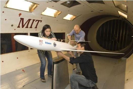 NASA mühendisleri geleceğin uçak ve uzay araçları üzerinde çalışmayı sürdürüyor. İşte son tasarımlar. <br/><br/><p> </p>