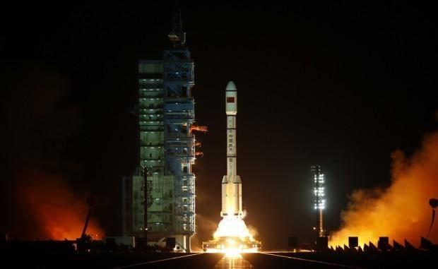 Çin'in uzay tarihi açısından önemli bir adım olarak kabul edilen ve ülkenin kalıcı olacak insanlı uzay istasyonu programının ilk adımı olan Tiengong-1 modülü  fırlatıldı.<br/><br/><p> </p>