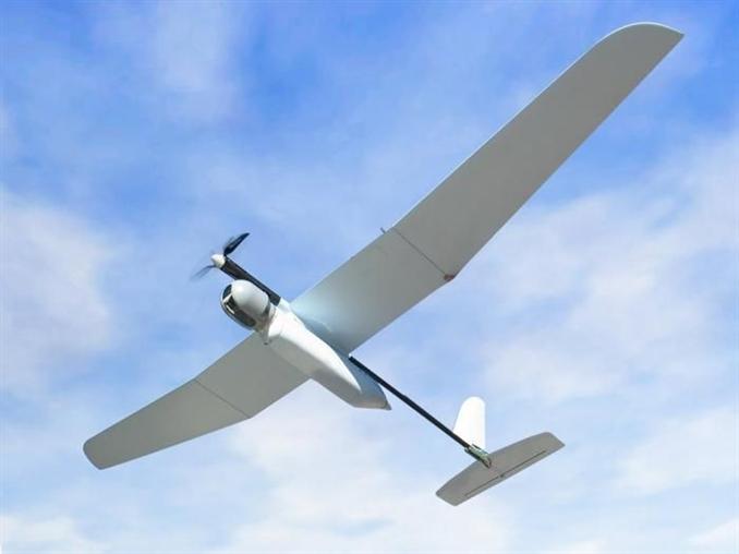 <strong>Skylark</strong><br/><br/>Skylark bir insansız hava aracı(İHA), İHA'lar robot askerler alanında eski bir maziye sahip ve önemli araçlar. Skylark ve Viper gibi taktik gözetleme için kullanılıyor ve en büyük avantajı taşınabilir ve fark edilmesinin çok zor olması. Bir sırt çantasında taşınabiliyor ve dakikalar içinde birleştirilip el ile havalandırılabiliyor. Kaydettiği görüntüleri eş zamanlı olarak kara merkezine yollayabiliyor. Ayrıca sessiz ve arkasında iz bırakmayan bir elektrik motoru kullanması sayesinde farkedilmesi neredeyse imkansız.